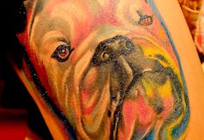 犬のタトゥーデザイン