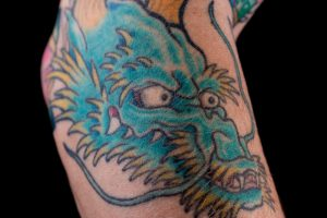 龍のタトゥー
