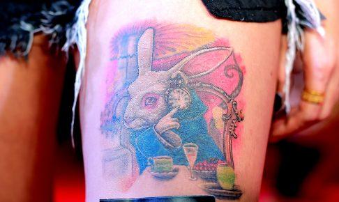 ウサギのタトゥー(足)