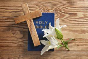 聖書とユリ(百合)